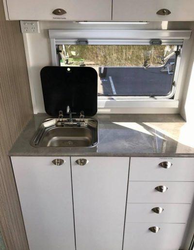 pluto-302-kichen-sink